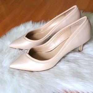 WHBM Pheobe cameo rose kittle heel pumps 8.5M